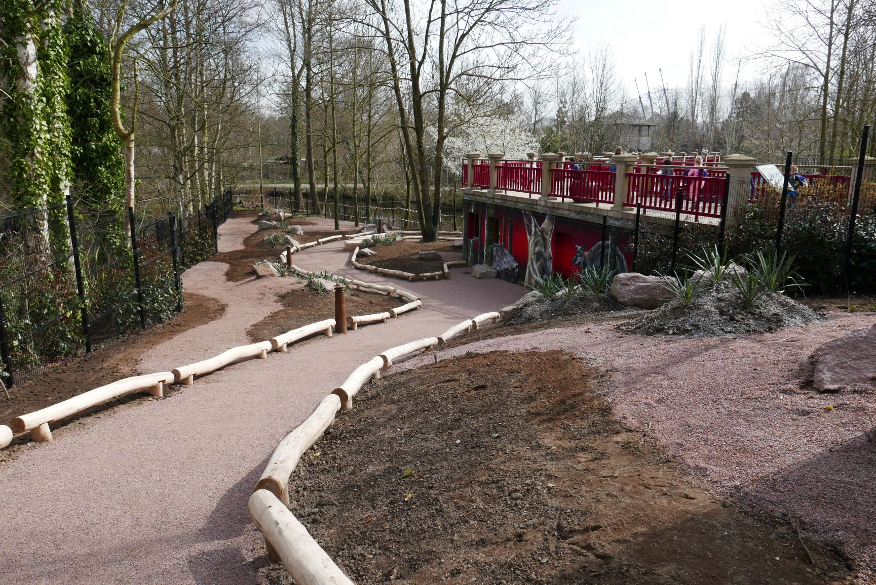 ODENSE ZOO – RED PERSPECTIVE